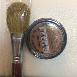Bare minerals faux tan face with brush